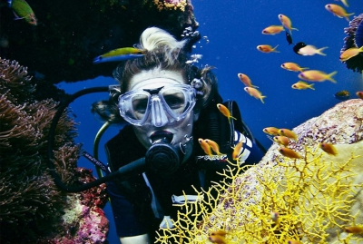 คุณค่าของปะการังใกล้ฝั่ง ที่ CROSSROADS MALDIVES ไม่มองข้าม