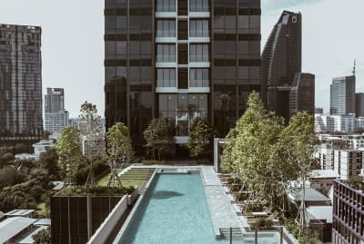 LUXURIOUS LIVING IS A HARMONY OF CONTRAST AT THE ESSE SUKHUMVIT 36